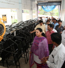 SP during her visit to new workshop area